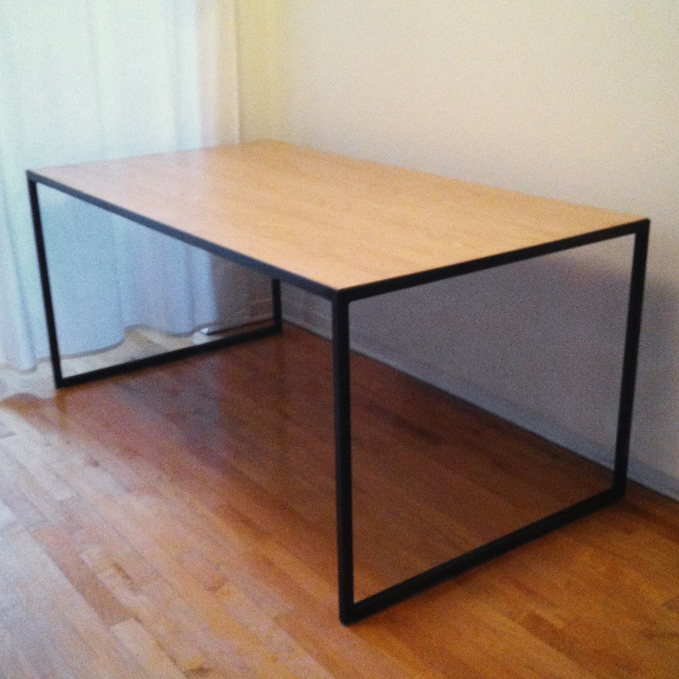 table bois ebeniste. Black Bedroom Furniture Sets. Home Design Ideas