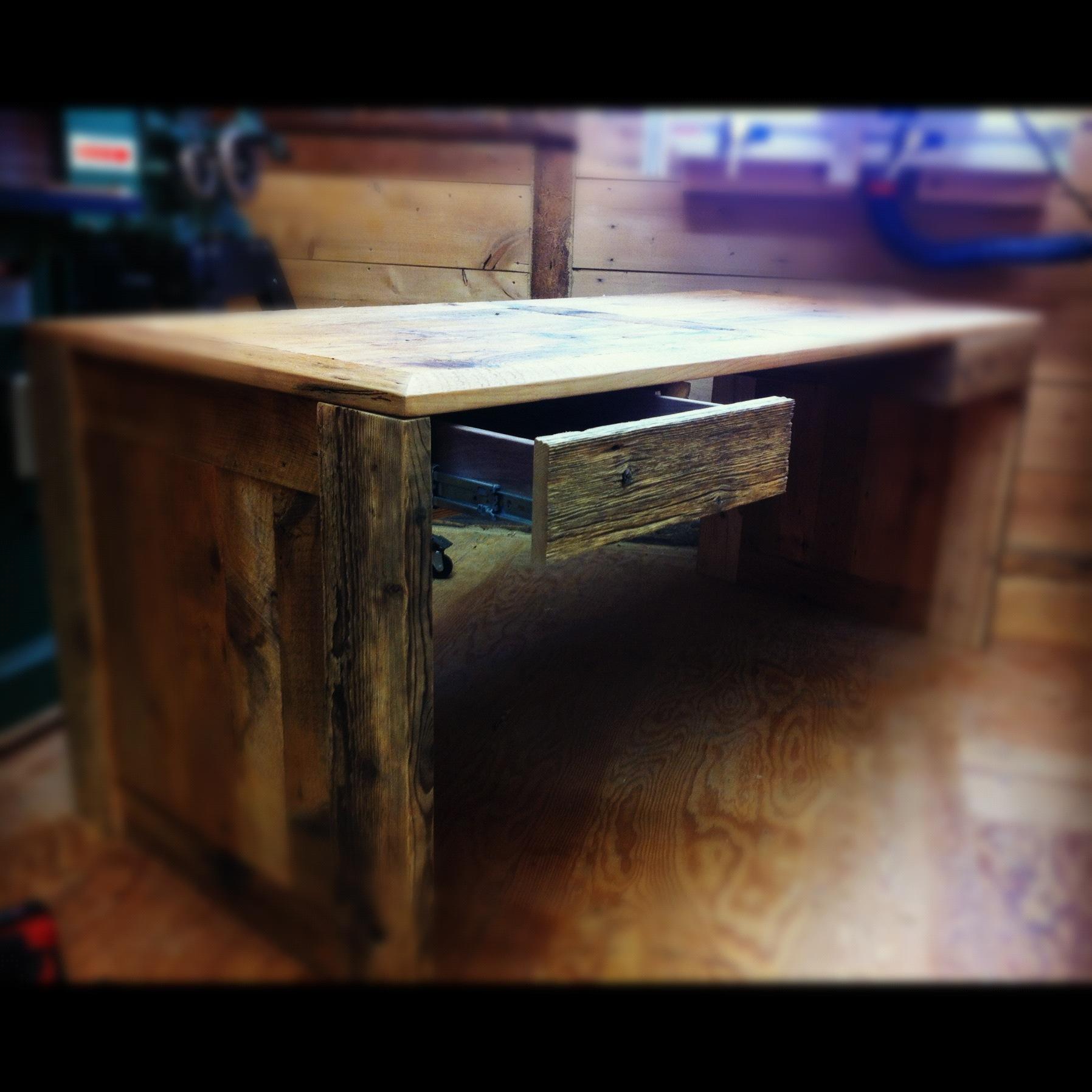 Table sur mesure bois et acier j r me lavoie b niste for Table de travail bureau