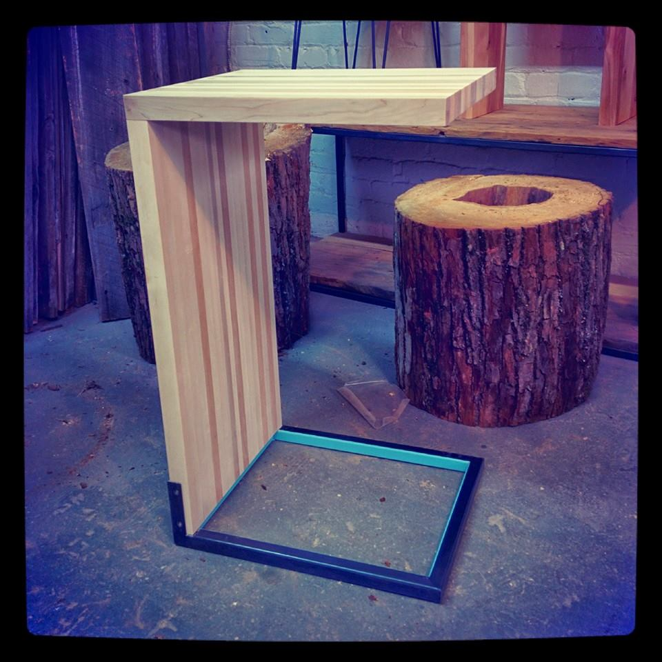 Table appoint 1.jpg